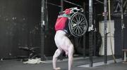 双腿截肢者炼成健身牛人