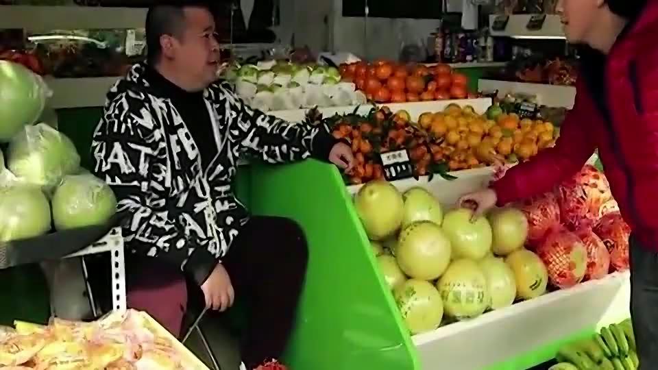 陈翔六点半:美女卖西瓜,不甜不要钱,蘑菇头太机智了