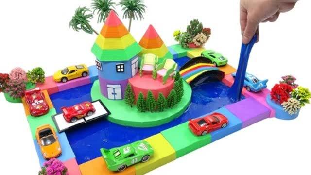 光棍影院水中堡垒,好多的小汽车在堡垒的周围行驶着,还有一座彩虹桥