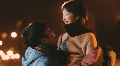 """【后来的我们】刘若英质问""""如何去爱""""井柏然周冬雨甜虐爱情冲击五一档"""