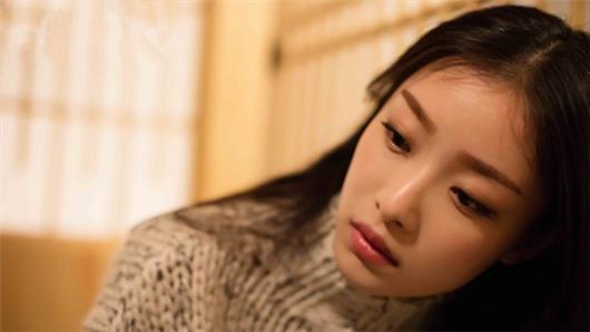 【28岁未成年】曝片头曲MV  同档唯一国产片女性最爱口碑爆棚
