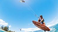 风筝冲浪带你飞! 看风筝如何在水面上花式翻滚
