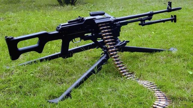"""我国正研制新型""""秘密武器"""",5.8毫米机枪将退役!"""