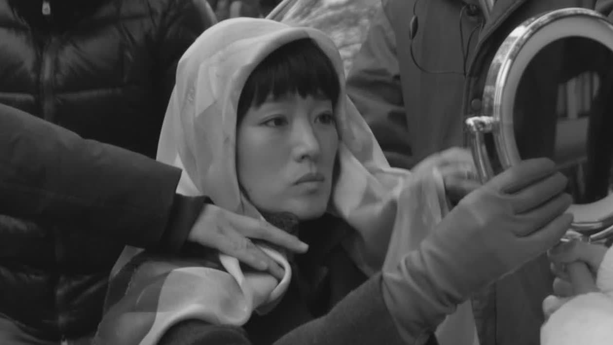 【兰心大剧院】曝娄烨导演特辑 巩俐素颜出镜还原演员本色